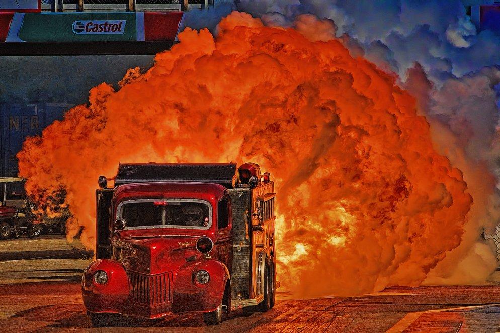 SHOCKWAVE and Flash Fire Jet Trucks - Aftershock Jet Fire ...